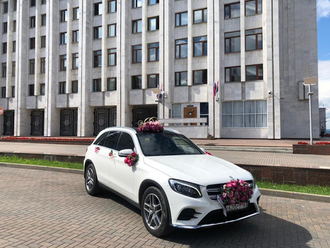 Автомобиль Mersedes GLS 250